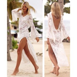 🆕Viola Ivory Lace Bell Sleeve Beach Cover Up